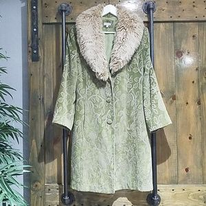 VINTAGE GIACCA FAUX FUR LIME GREEN TRENCH COAT